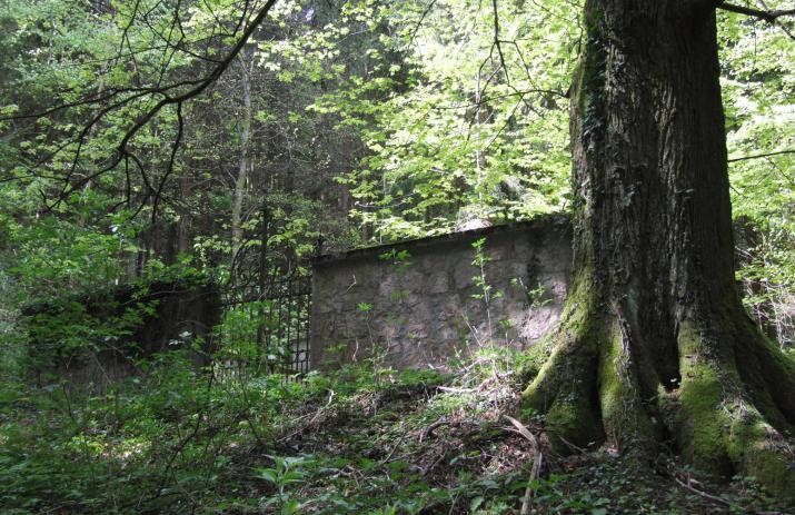 ebensee lesni hrobka 3
