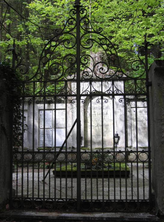 ebensee lesni hrobka 4