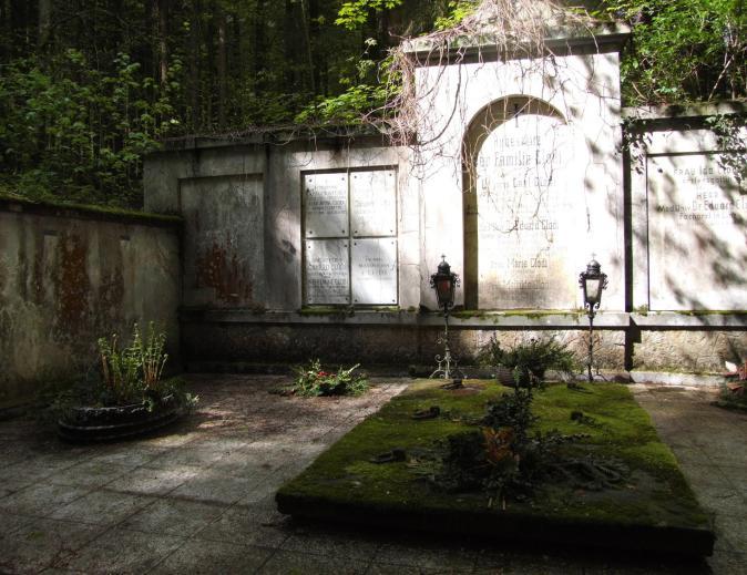ebensee lesni hrobka 6