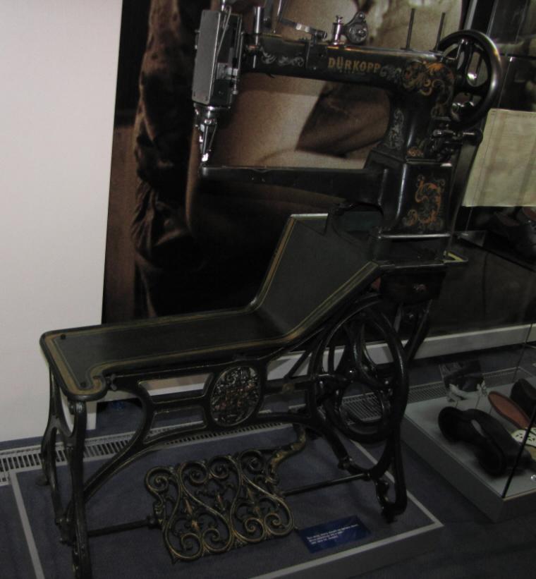 obuvnicky stroj1