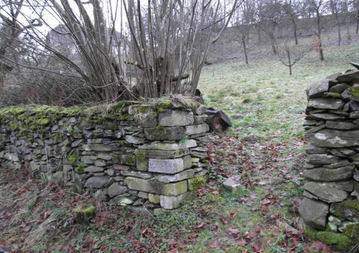 predhradi zidka