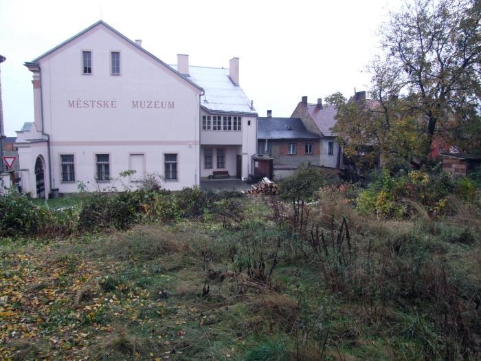 zahrada muzea konec