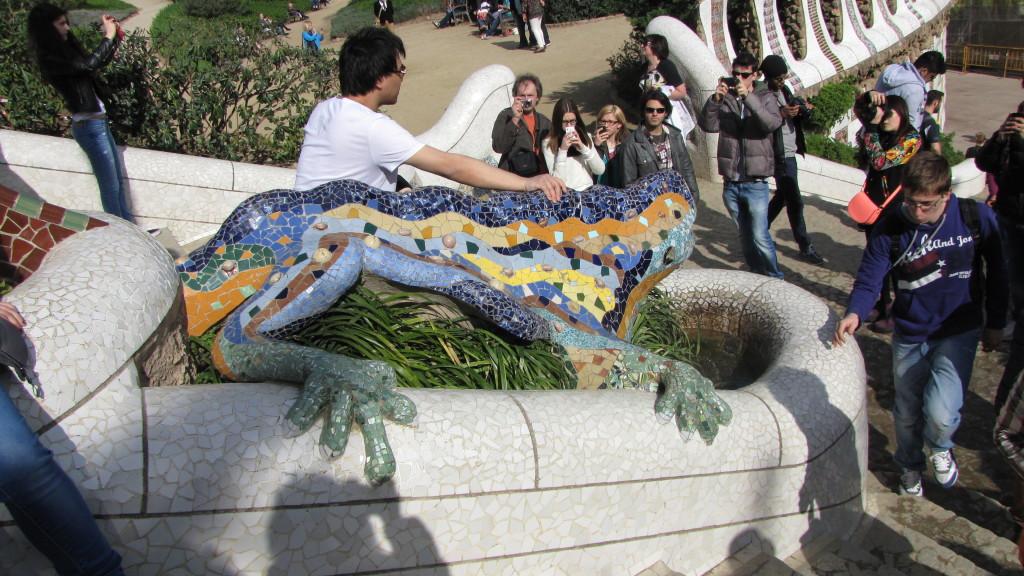Park Güell - ještěr, u kterého se chce každý vyfotit