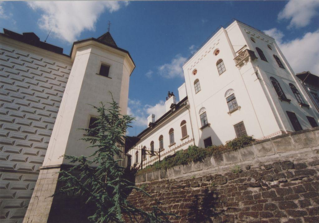zamek1 Foto M. Krištof