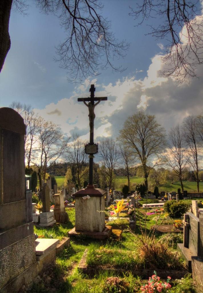 Modletín hřbitov 21