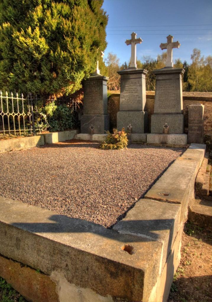 Modletín hřbitov 9