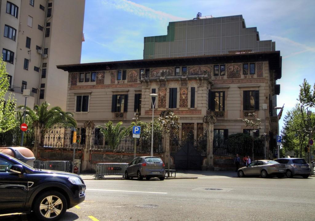 Palau Ramon Montaner (1)